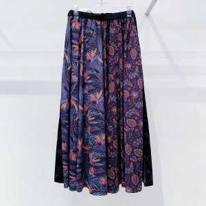<img class='new_mark_img1' src='https://img.shop-pro.jp/img/new/icons47.gif' style='border:none;display:inline;margin:0px;padding:0px;width:auto;' />bedsidedrama Tropical Circular Pants