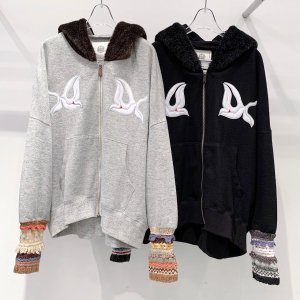<img class='new_mark_img1' src='https://img.shop-pro.jp/img/new/icons14.gif' style='border:none;display:inline;margin:0px;padding:0px;width:auto;' />bedsidedrama Mittens Zip Hoodie