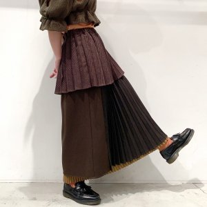 <img class='new_mark_img1' src='https://img.shop-pro.jp/img/new/icons14.gif' style='border:none;display:inline;margin:0px;padding:0px;width:auto;' />bedsidedrama Layered School Skirt