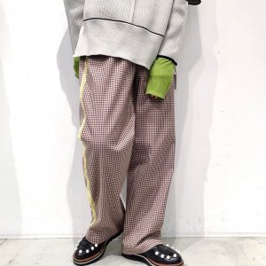 <img class='new_mark_img1' src='https://img.shop-pro.jp/img/new/icons47.gif' style='border:none;display:inline;margin:0px;padding:0px;width:auto;' />OKIRAKU Classic check wide pants