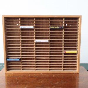 木製カセットテープストレージ 100本用
