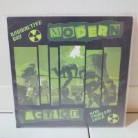 MODERN ACTION / RADIOACTIVE BOY / 7
