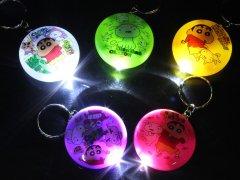クレヨンしんちゃん カラフルまんまるライトキーホルダー 2902 【単価¥26】24入
