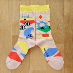 <img class='new_mark_img1' src='https://img.shop-pro.jp/img/new/icons13.gif' style='border:none;display:inline;margin:0px;padding:0px;width:auto;' />MONDE THE SOCKS・サーカス/ライトサーモン