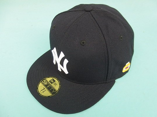 """NEW ERA"" AUTHENTIC FITTED CAP (NEWYORK YANKEES) - THE BIG APPLE CUSTOM"