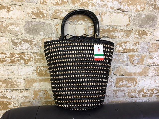 イタリア製ベルティーニかごバッグ