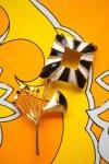 USA VINTAGE★MONOTONE☆MODERN SQUARE FLOWER BROOCH【送料80円/メール便】