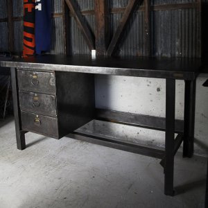 WW2 US MILITARY IRON TABLE US GOV