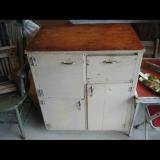 【SOLD】 primitive cabinet アンティーク戸棚