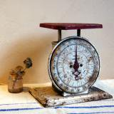 【SOLD】 antique scale キッチン計量器