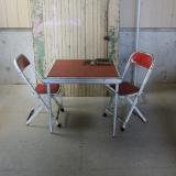 old kids table and chair 古いテーブルセット