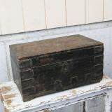 【SOLD】 antique wooden box case