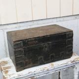【SOLD】 antique wooden box case