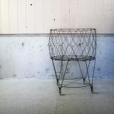 【SOLD】 old wire laundry basket