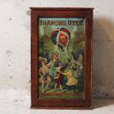 early 1900s diamond dyes product show case