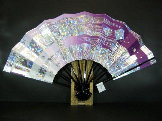 A142 舞扇子 紫横ぼかし ホログラム箔流水