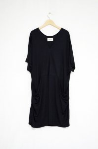 <img class='new_mark_img1' src='//img.shop-pro.jp/img/new/icons47.gif' style='border:none;display:inline;margin:0px;padding:0px;width:auto;' />HENRIK VIBSKOV-Tonic Dress(Black)
