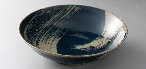 藍化粧刷毛目鉢
