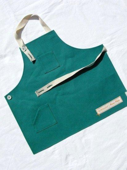 kotetsudai Apron|子供用帆布エプロン|Sサイズ(身長90〜100cm)・ピーマングリーン