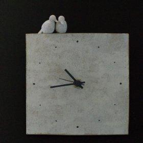 [warabino tomoko]陶器製の時計 Tsui
