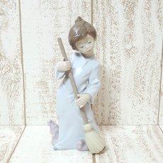 Lladro(リヤドロ)☆5726/可愛い天使『雲を払う』