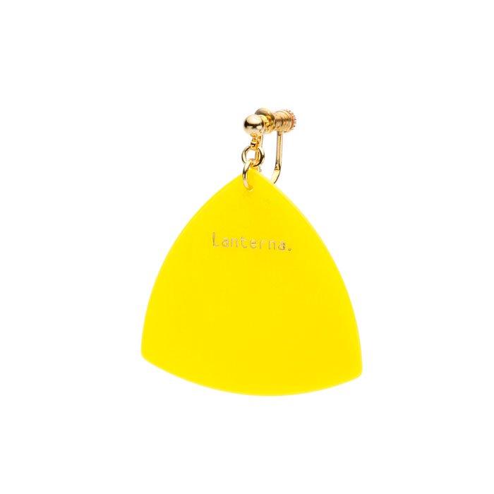 ギターピックを使ったイヤリング 黄色