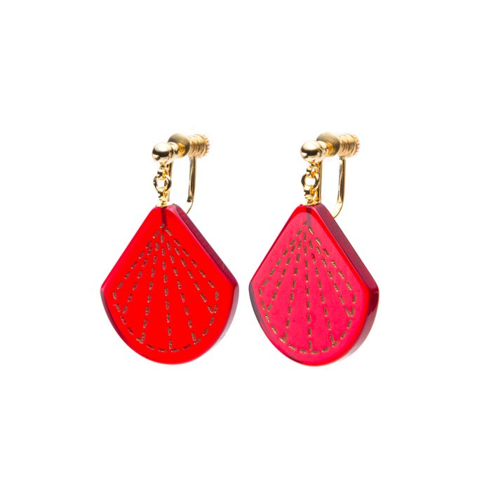 Teardrop-shaped  Acrylic Earrings(ティアドロップ型アクリルのイヤリング)