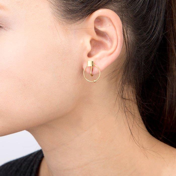 Square & Hoop Earrings(キューブにフープを通したイヤリング)