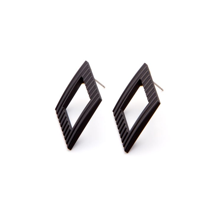 Wave Pattern Aluminium Posts- Rhombus(アルミのダイヤ型ピアス)
