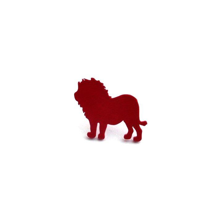 カラフルなライオンのピアス