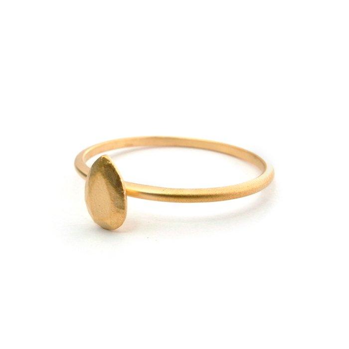 ペアシェイプカットの金属の宝石のリング