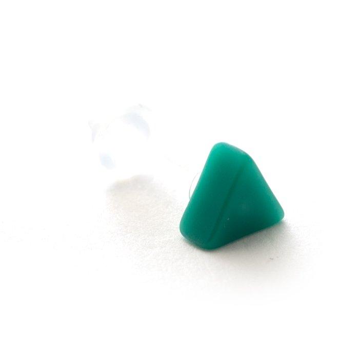 Toy Color Posts - Triangle (トイカラーピアス - トライアングル)
