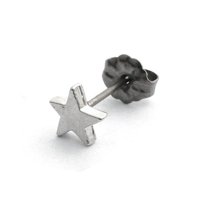 Tiny Star Posts (タイニースターピアス)
