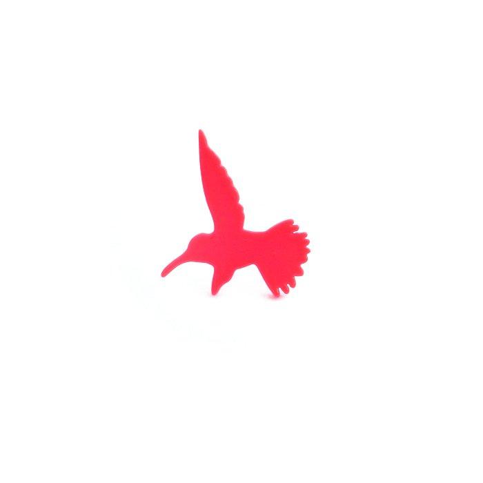 カラフルなハチドリのピアス