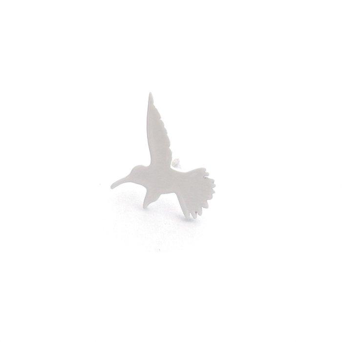 モノトーンのハチドリのピアス