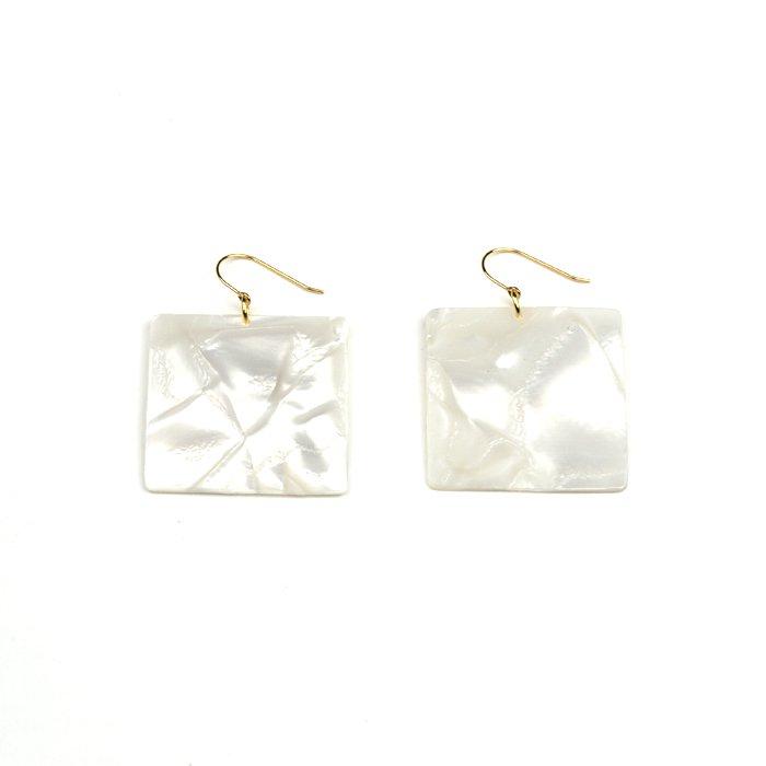 Celluloid Hooks - Pearl - Square(セルロイドピアス パール 四角)