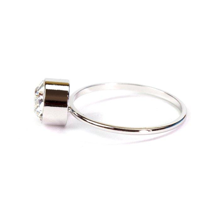 1 Stone Ring(大粒スワロフスキーのリング)