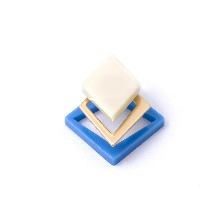 Acrynium Post - Diamond (アクリニウムピアス - ダイアモンド)