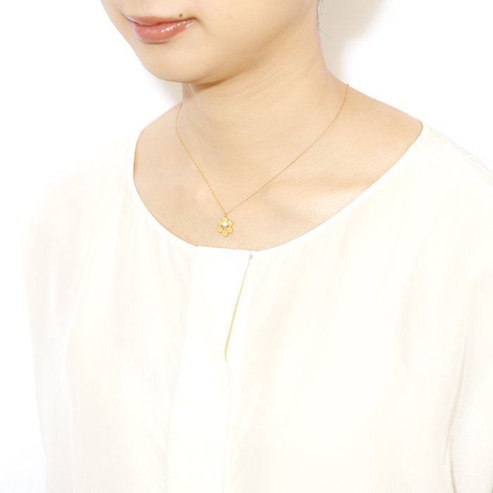 Geometric Pattern Necklace - Small Pearl On Honey Comb(幾何学パターン ネックレス - 小粒パール ハニカム)