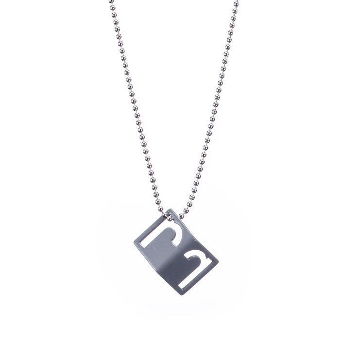 Alphabet Necklace - r (アルファベットネックレス - r)