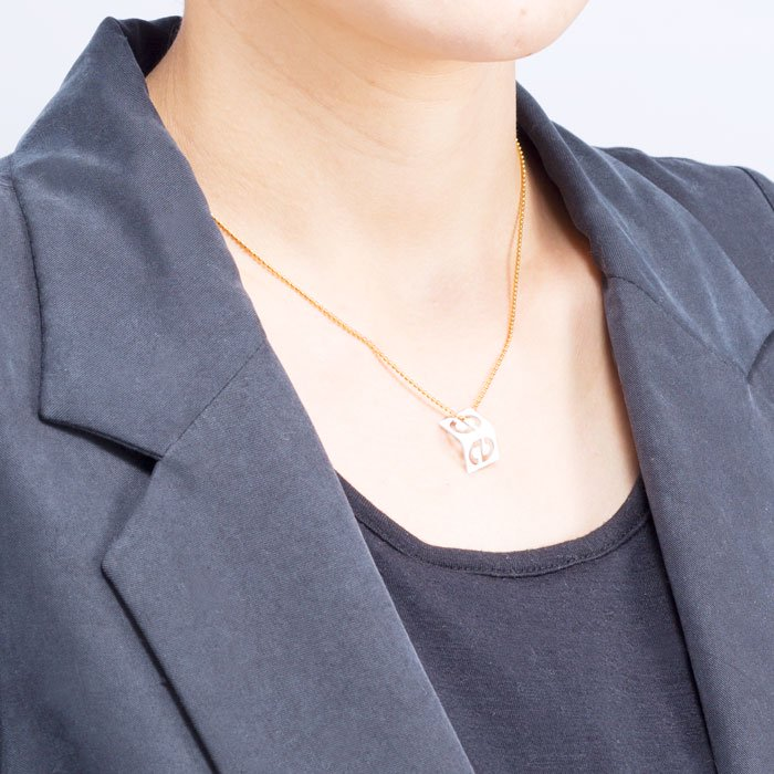 Alphabet Necklace - s (アルファベットネックレス - s)