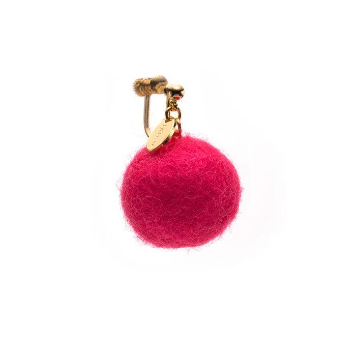 ピンクのフェルトボールイヤリング