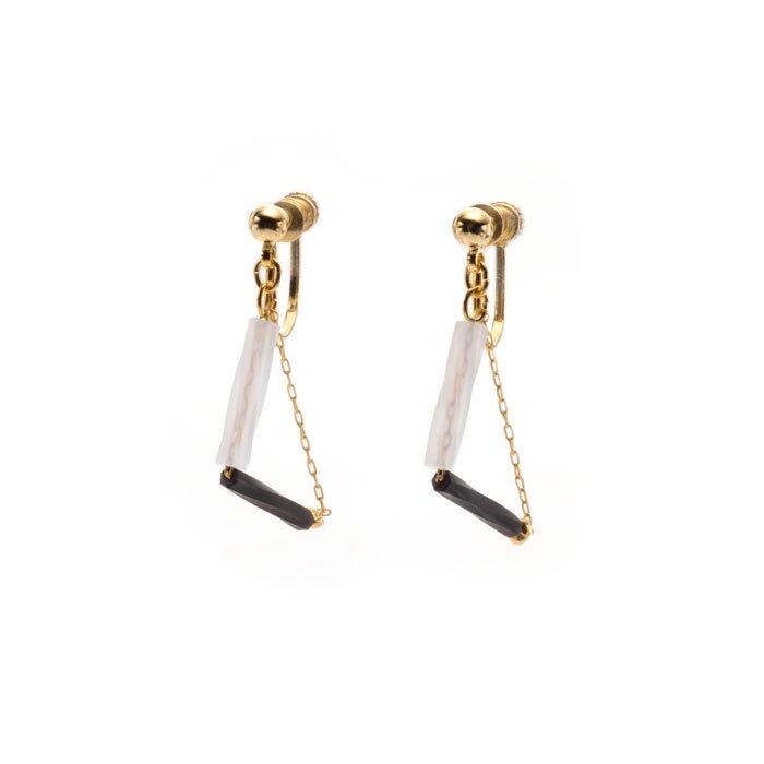 Triangle Beaded Earrings - 01 (トライアングルビーズイヤリング)
