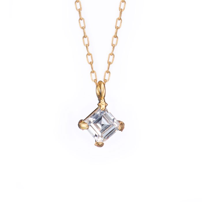 4mm Square 45°- 4 Claw Necklace(4mmステップカットのジルコニアネックレス)