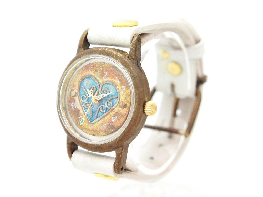JHA 青いハートの腕時計