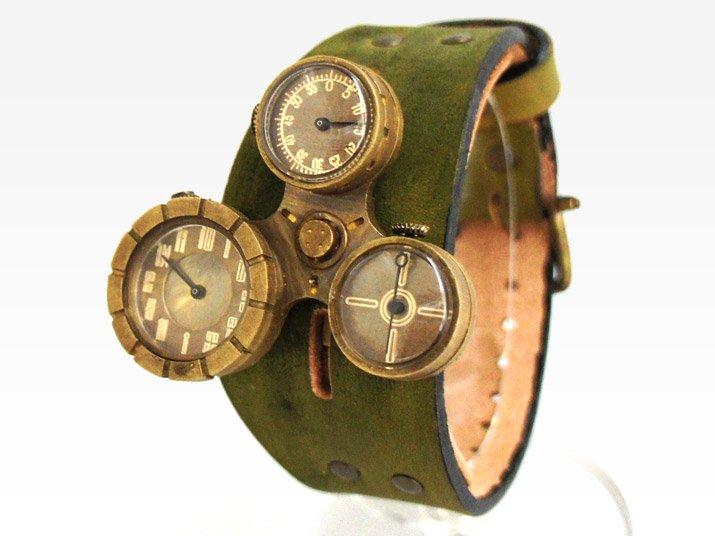 99b4c26fa0 装甲騎兵ボトムズとコラボ スコープドッグモチーフの手作り腕時計: 廃墟 ...