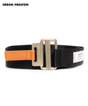 <img class='new_mark_img1' src='https://img.shop-pro.jp/img/new/icons5.gif' style='border:none;display:inline;margin:0px;padding:0px;width:auto;' />TAPE BELT 4 CM CLASSIC BUCKLE / ブラック×ゴールド [HMRR21-091]
