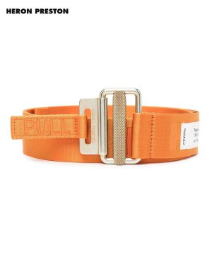 <img class='new_mark_img1' src='https://img.shop-pro.jp/img/new/icons5.gif' style='border:none;display:inline;margin:0px;padding:0px;width:auto;' />TAPE BELT 4 CM CLASSIC BUCKLE / オレンジ×ゴールド [HMRR21-092]