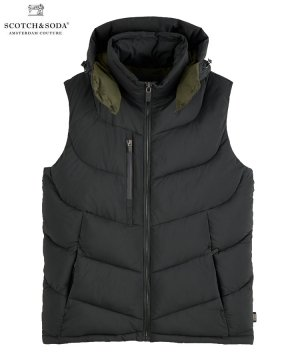<img class='new_mark_img1' src='https://img.shop-pro.jp/img/new/icons5.gif' style='border:none;display:inline;margin:0px;padding:0px;width:auto;' />Quilted hooded bodywarmer / ブラック [292-42600]