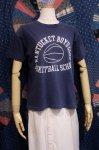 70'S BASKETBALL PRINTED T-SHIRTS (NVY/WHT)